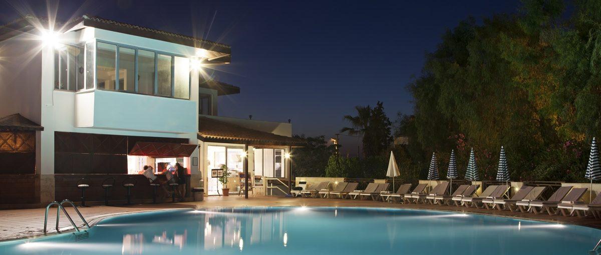 Leds lo que debes saber de iluminaci n en exteriores dmd for Luminarias para jardines exteriores